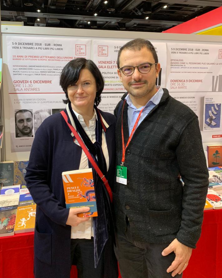 Undinė Radzevičiūtė con il traduttore Adriano Cerri a Più libri più liberi