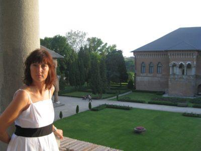 Intervista a Raffaella Tuan: «Tradurre senza perdere il sentimento»