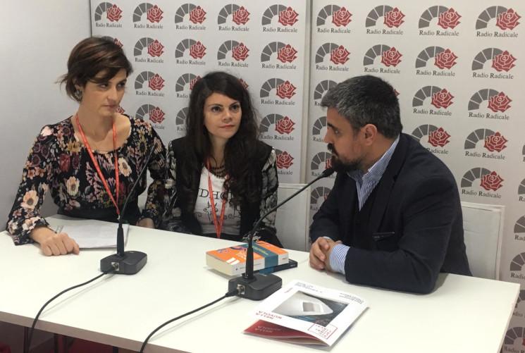 Pamela Lainati e Marzia Santone con Massimo Coccia di Radio Radicale